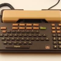 telic-alcatel-handset-0539.fullsize.jpg