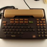 telic-alcatel-handset-0549.fullsize.jpg