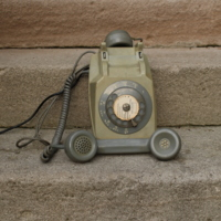 telephone-0504.fullsize.jpg